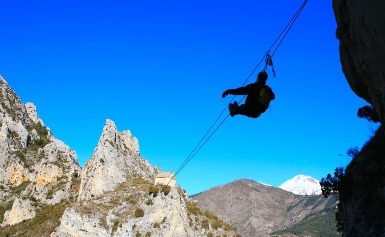 Cerro Frias en tyrolienne