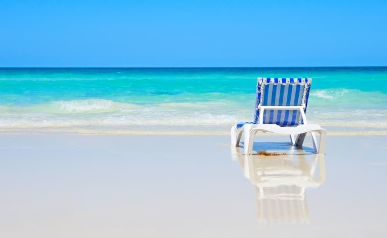 17 km de sable blanc et des activités pour toute la famille !