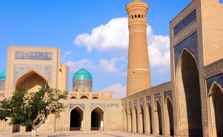 Direction l'Ouzbékistan